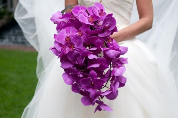 ramo-en-cascada-violeta