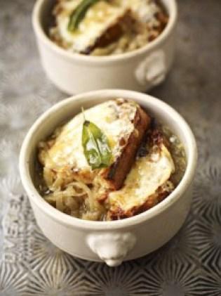 sopa británica de cebolla
