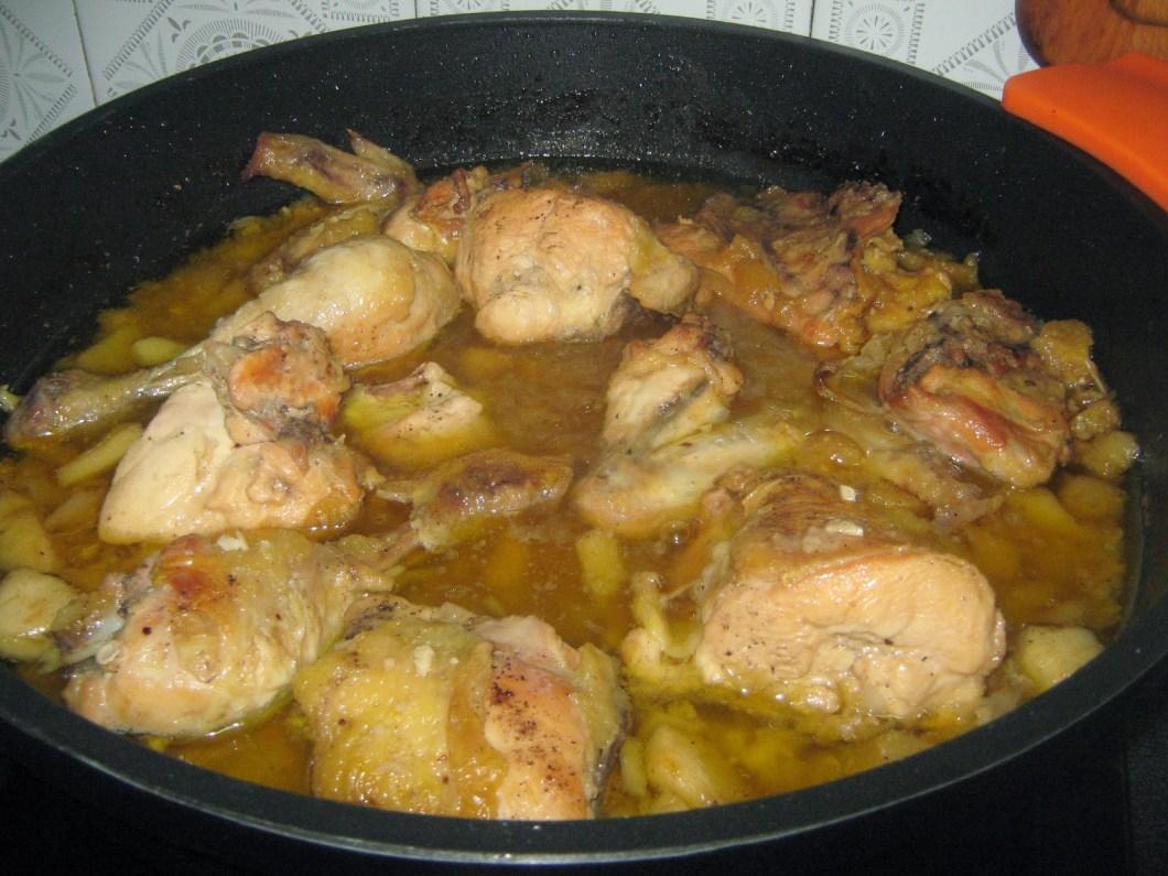 estofado de pollo con manzanas