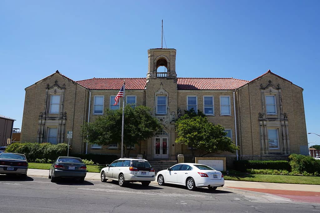 City Hall, Denton, Texas
