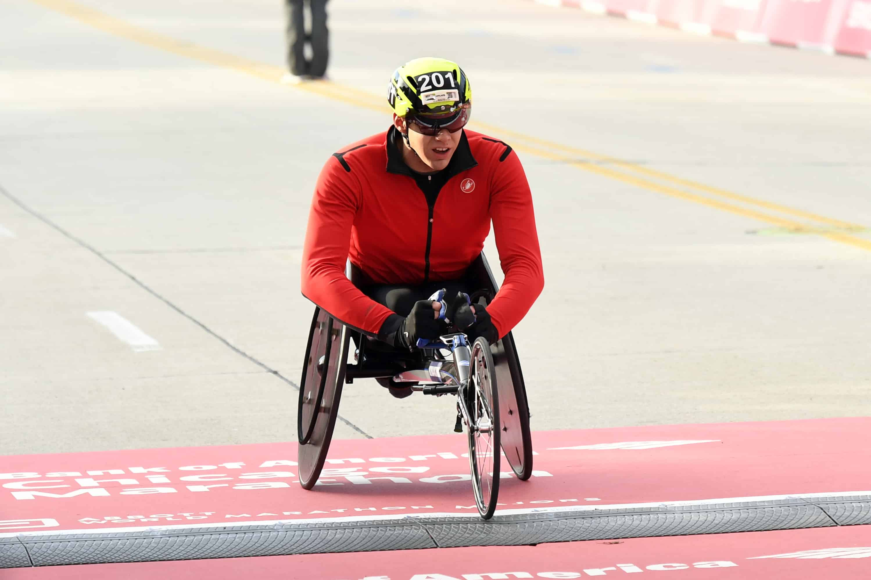 Daniel Romanchuk wins the Men's Wheelchair Bank of America Chicago Marathon Sunday, in Chicago.