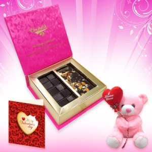 Roasted Almond Chocolate Bar with Teddy