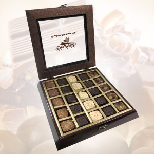 Quintessential collection 25 Pc Box