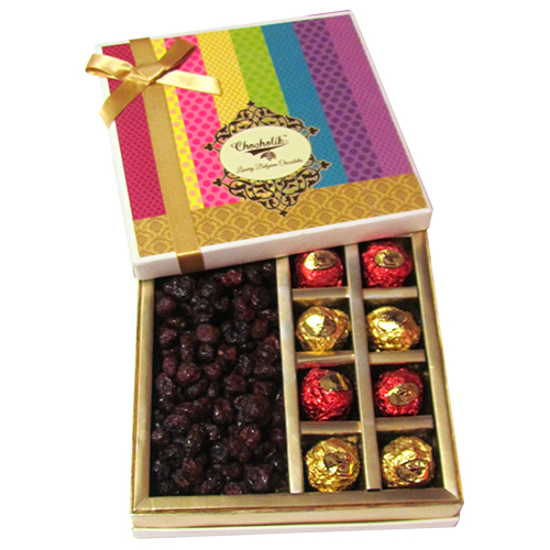 Beautiful Delicious Cranberry With Assorted Chocolate Box