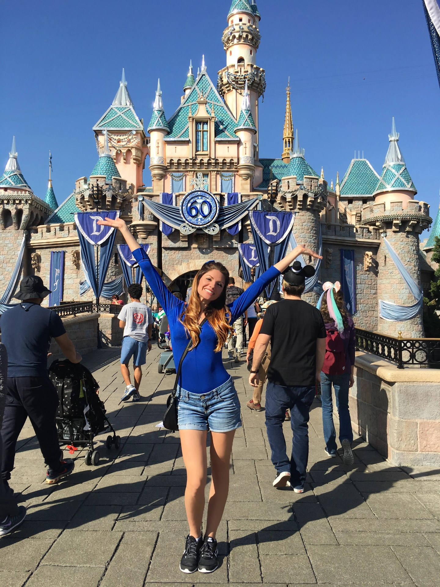 Lifestyle Blogger Jenny Meassick of Chocolate and Lace shares her travel review Disneyland and of San Diego, USA