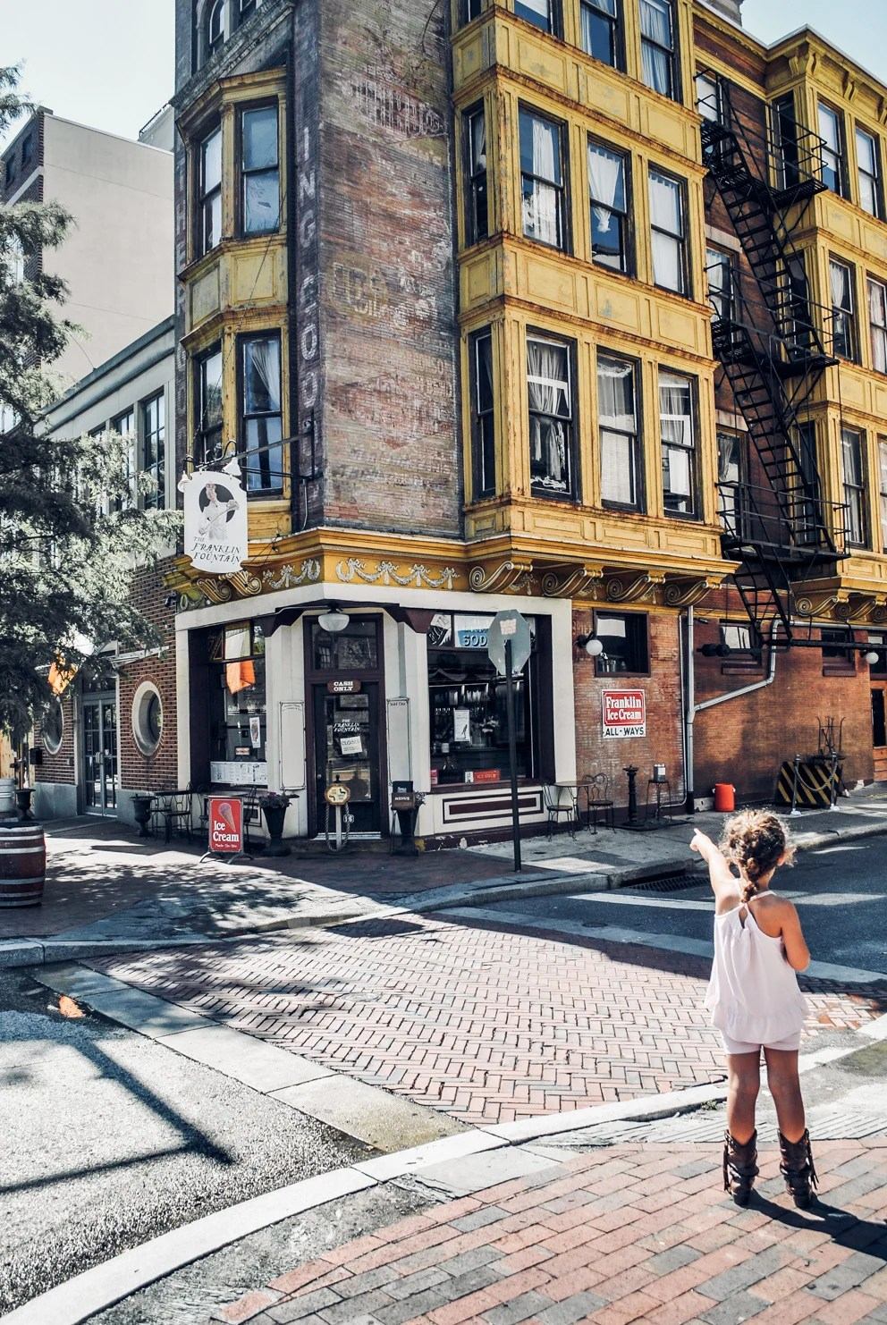 Lifestyle Blogger Jenny Meassick of Chocolate and Lace shares her Ice Cream Guide for visiting the Historic District in Philadelphia.
