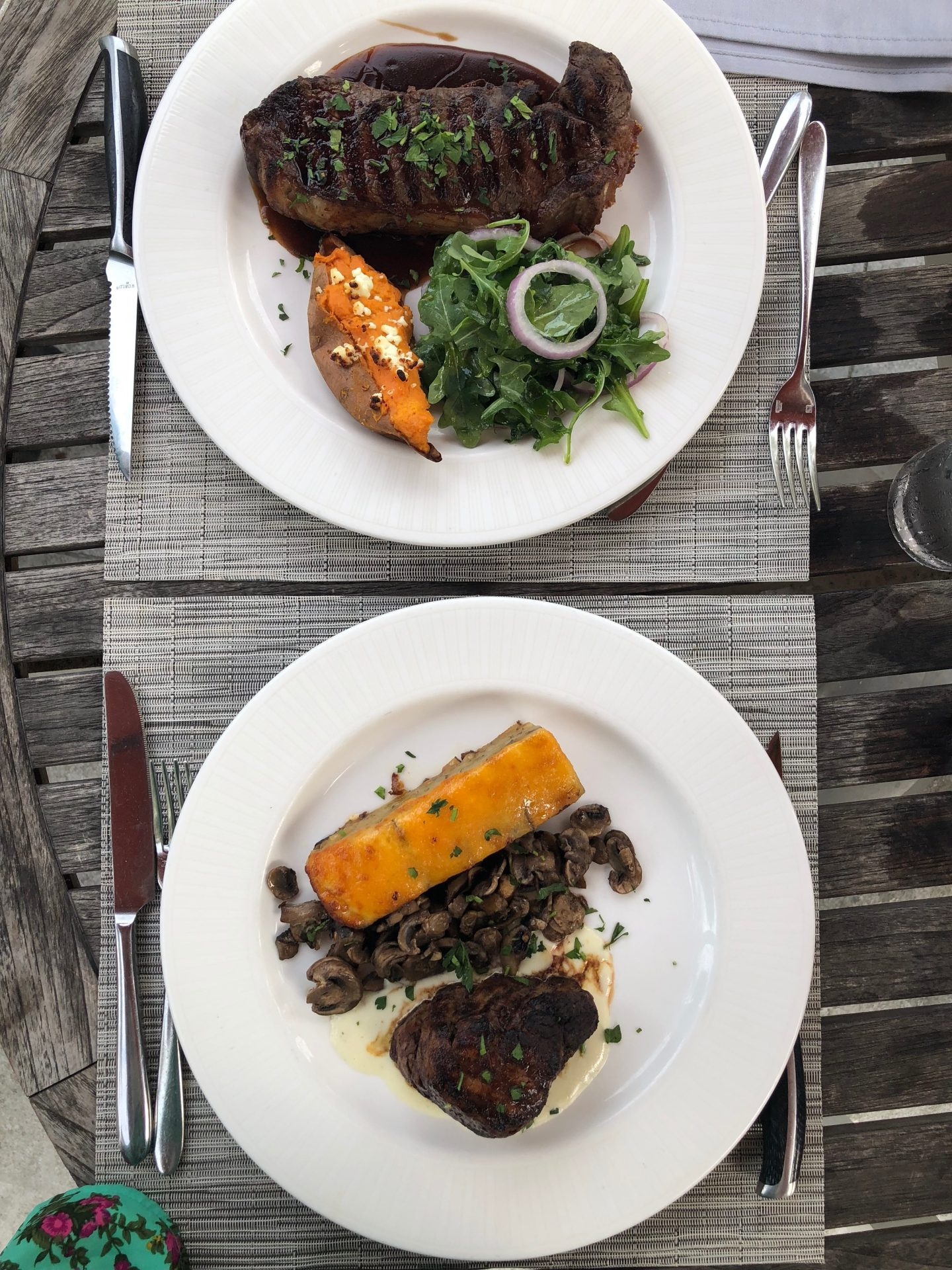 Lifestyle Blogger Chocolate and Lace shares photos of her special dinner at Heywards at the Sonesta in Hilton Head Island.