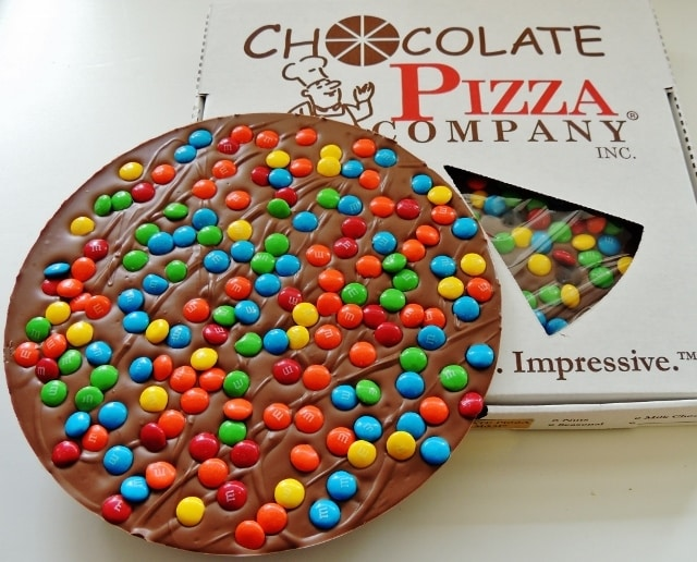 MM_Chocolate_Pizza_16_oz_JUNE_2015_v5_640x516__21287.1473716776.1280.1280 - Chocolate Pizza