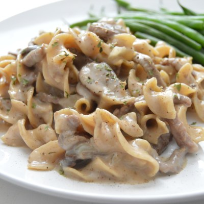 Skinny Whole Wheat Beef Stroganoff (with dairy free option)