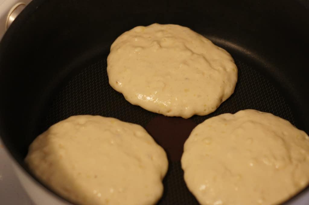 fluffy pancakes, fat pancakes, thick pancakes, flapjacks, fluffy, batter, pancake batter, cooking, skillet, nonstick,
