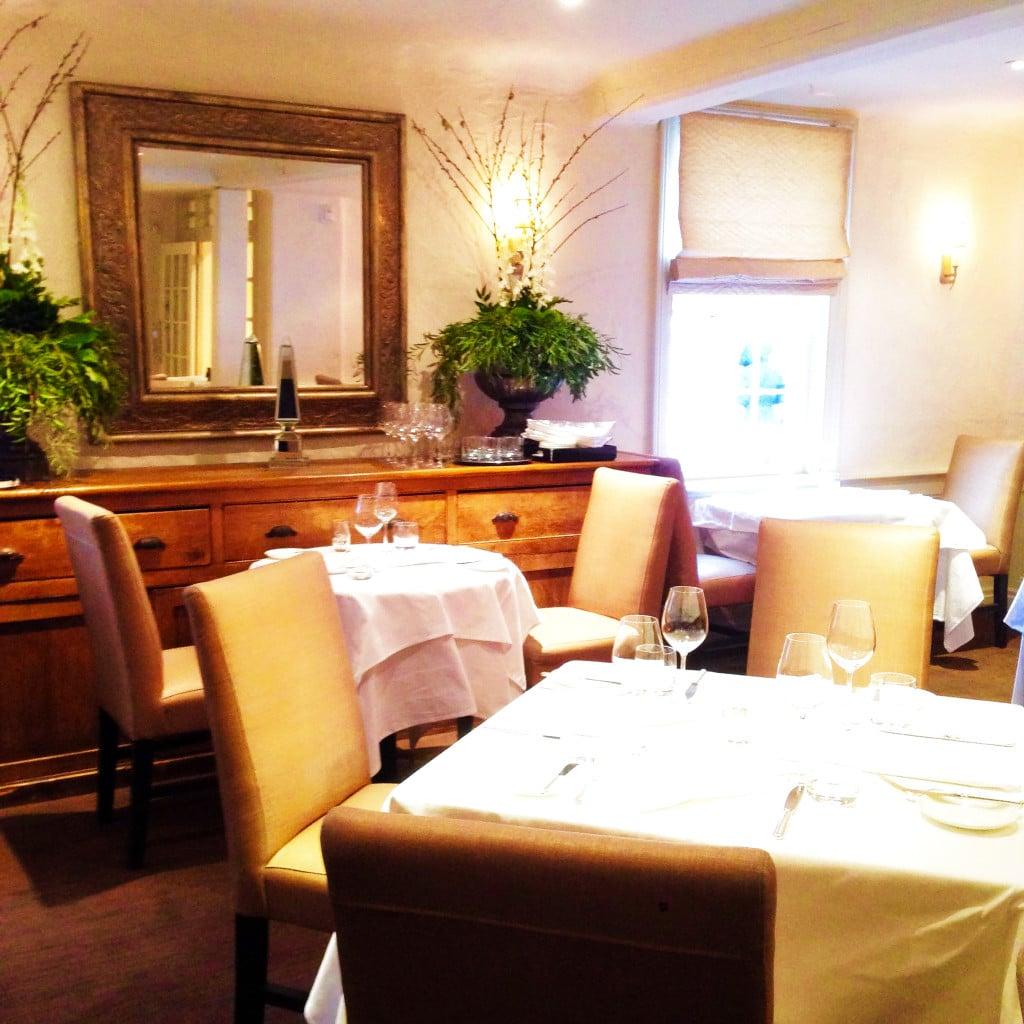 Auberge du Pommier, sophie, sophie dining room, restaurant, restaurant review, toronto, canada, oliver bonacini, o&b