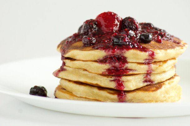 Lemon Mascarpone Pancakes, Drizzle, GIF, mascarpone, pancakes, lemon, breakfast, recipe, brunch, blueberries, raspberries, strawberries, compote, sweet, recipes, breakfast recipes, brunch recipes, pancake recipe, pancake recipes,