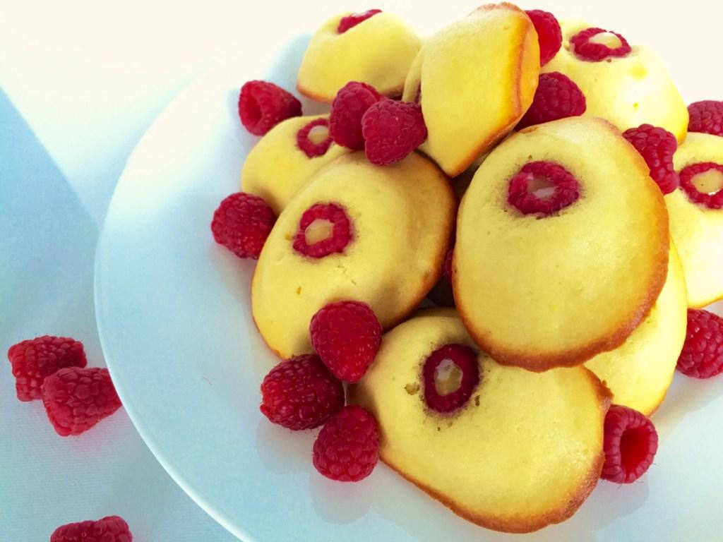 lemon, raspberry, madeleines, lemon madeleines, raspberry madeleines, lemon-raspberry madeleines, madelines,baking, french pastry, recipe, recipes,
