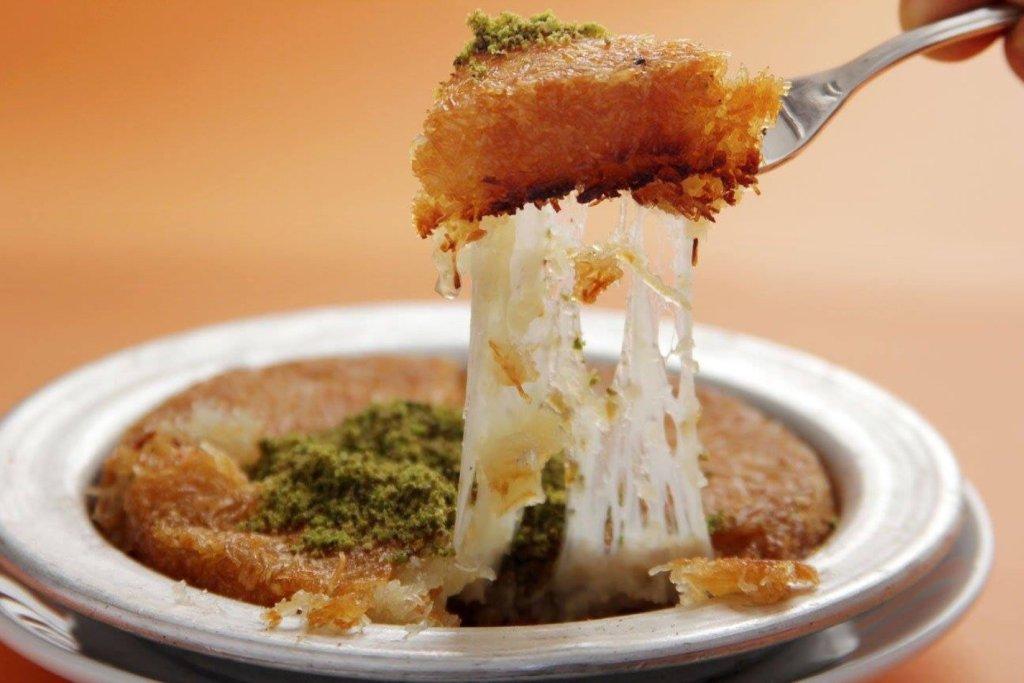 Kunafah, Ramadan, No Frills, Eid, Arabic, Dessert, Arabic Dessert, Turkish dessert, Turkish kunafah, kunafa, kinafe, cheese danish, cheese pastry, arabic cheese dessert, arabic cheese pastry, turkish pastry, arabic cheese, phyllo, kataifi dough