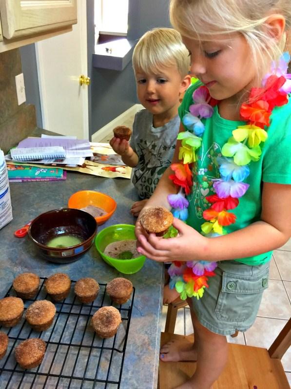 apple-cider-donut-mini-muffins