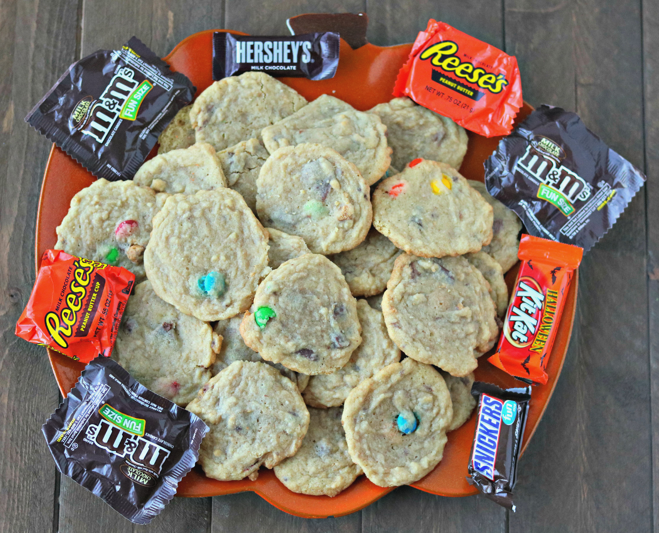 chocolate halloween candy cookies (leftover candy)