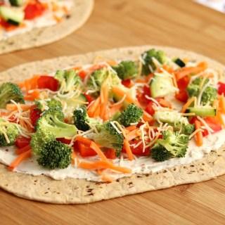 cream cheese veggie pizza flatout