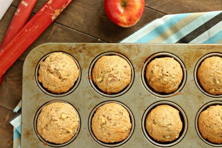 rhubarb.apple.cinnamon.muffins