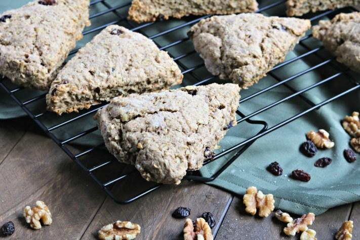 oatmeal walnut raisin scones
