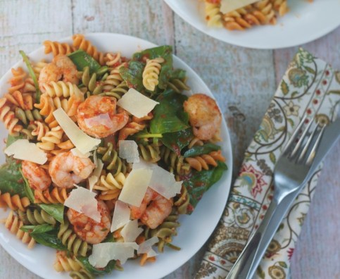 Pasta with Shrimp and Roasted Red Pepper Sauce