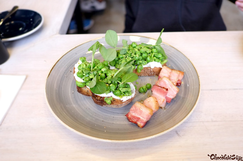Smashed Peas at Welcome Dose Specialty Coffee, Rosebery