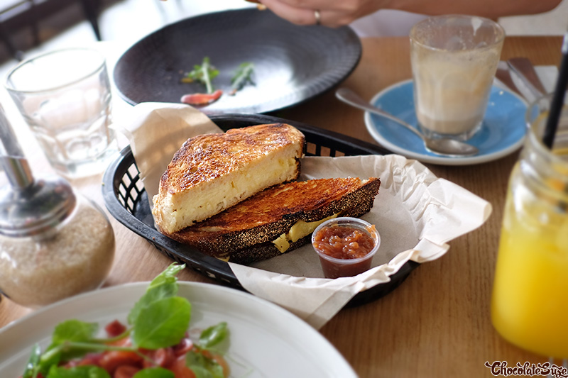 Grilled Mac 'n' Cheese Toastie at Barista and Cook, Waterloo