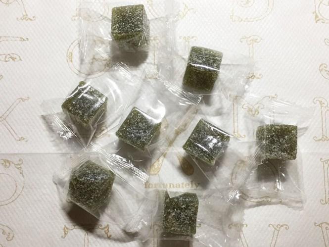 『ダイソー』の「濃い抹茶ようかん」個包装8個入り