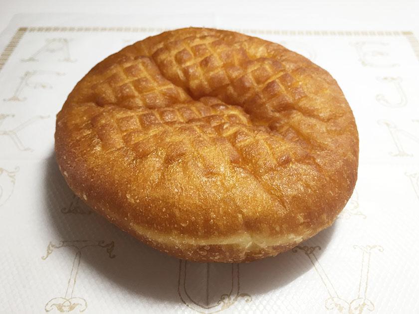 『ボストンベイク』の「あんドーナツ(こしあん)」ふんわりきつね色のしっかり揚げパン