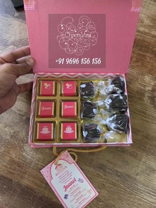 chocolates & brownies hampers for baby birth announcements in mumbai