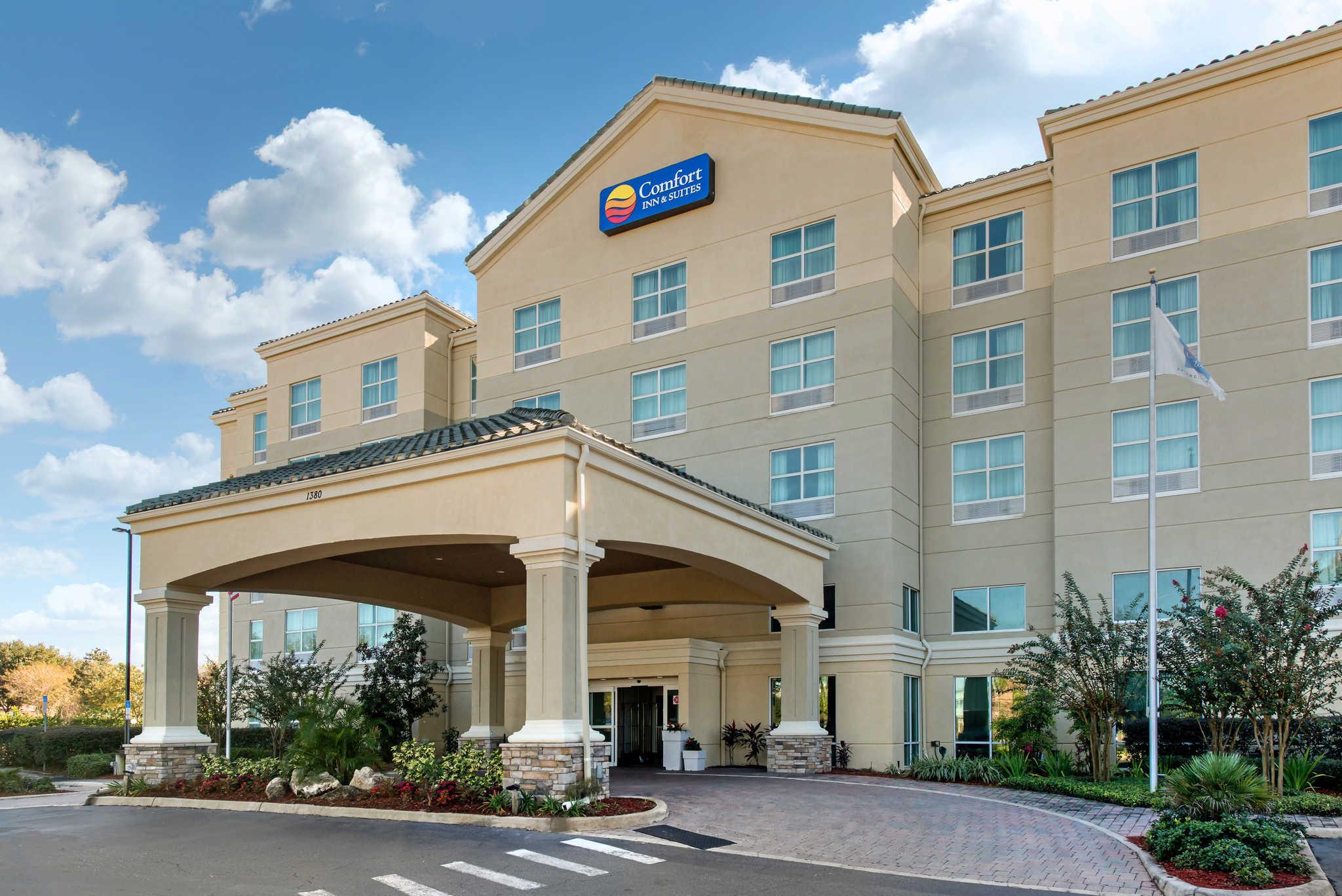 Tavares Fl Hotel Comfort Inn Suites Tavares North