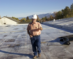 commercial roofer