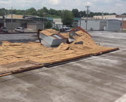 emergency commercial roofer