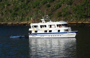 Angelito Yacht Galapagos Cruise