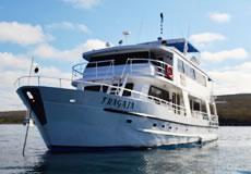 Yate Fragata en Crucero por Galápagos
