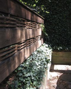 fence design with woven wood