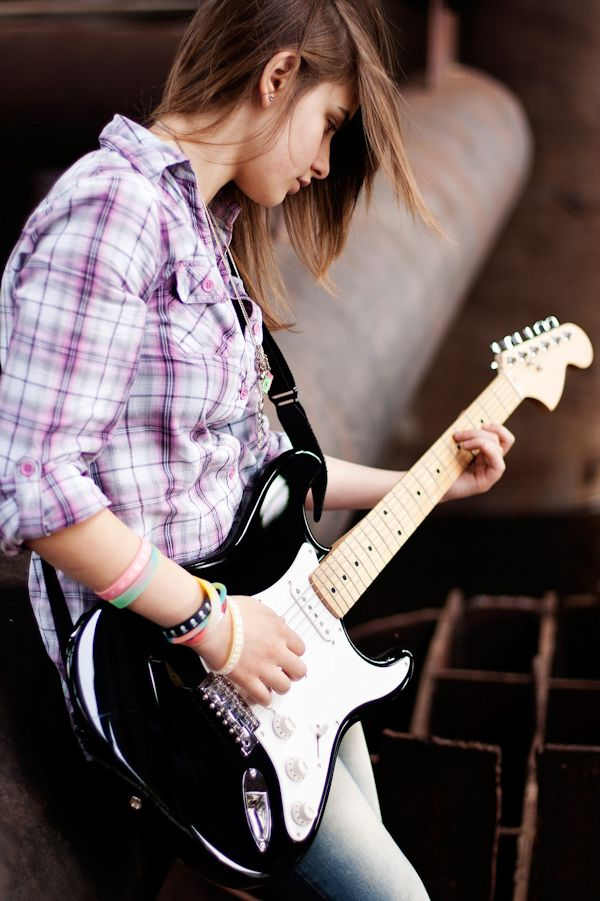 Stylish Girl With Guitar Hd Wallpaper Transpose Guitar Chords At Chordchanger Com