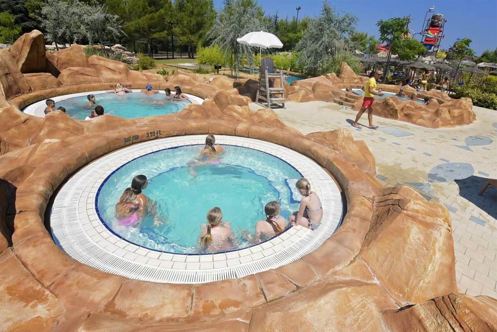 jacuzzi w aquaparku Dalmatia