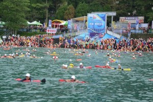 2015-09-01 Sun Moon Lake Swimming Carnival