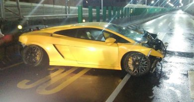 2015-12-28 Lamborghini Crash