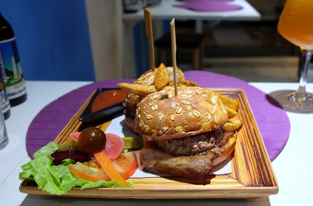 Chef Bar – Where Humble Burgers are Elevated!