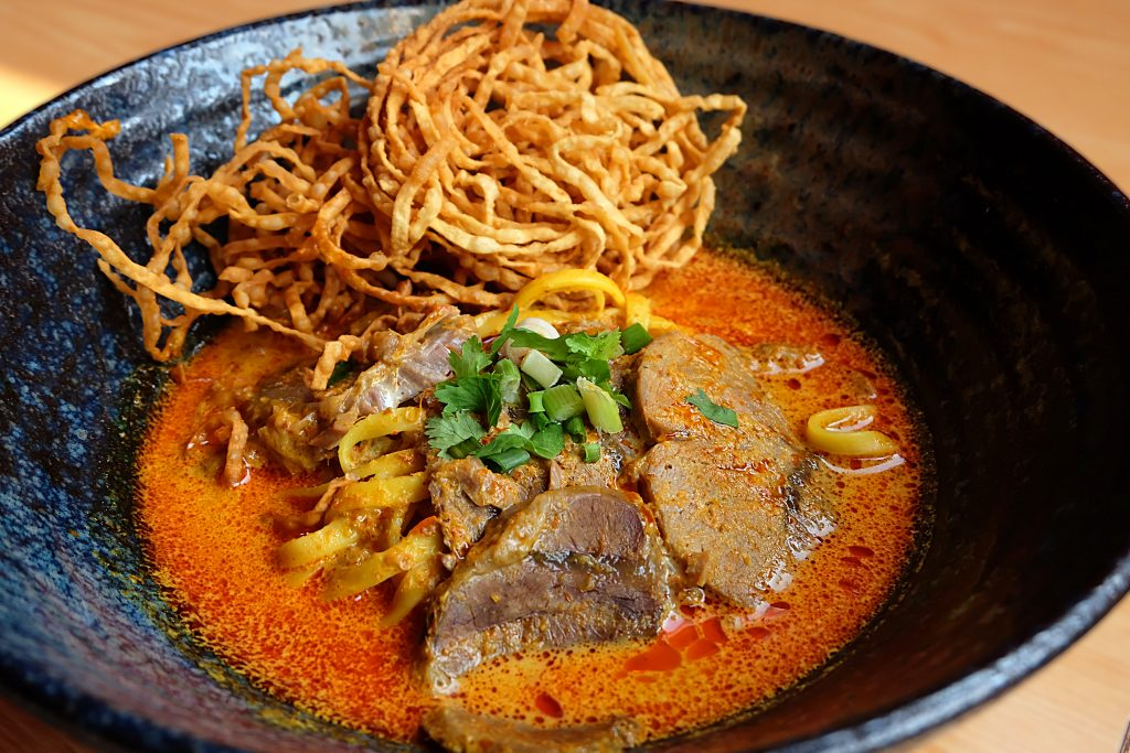 Eats Payao: The Best Khao Soi in Bangkok!