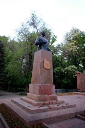Bronze monument to Major General Ivan Panfilov