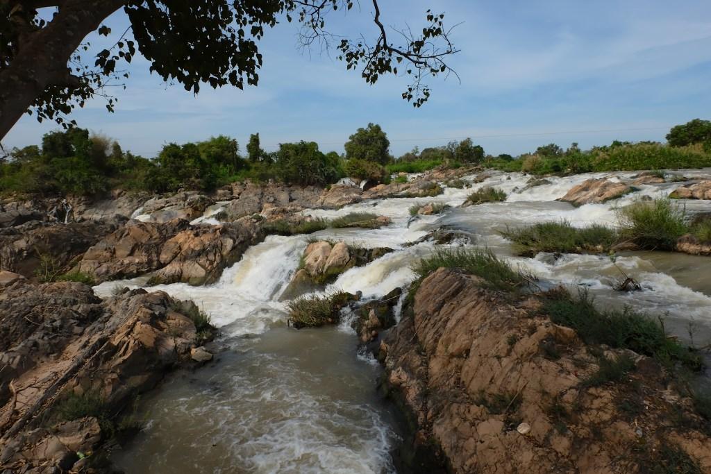 Li Phi/Somphamit Waterfalls