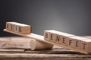 Risk/Benefit see saw