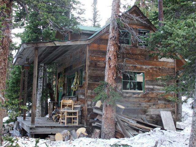 Hyme's Cabin (4)