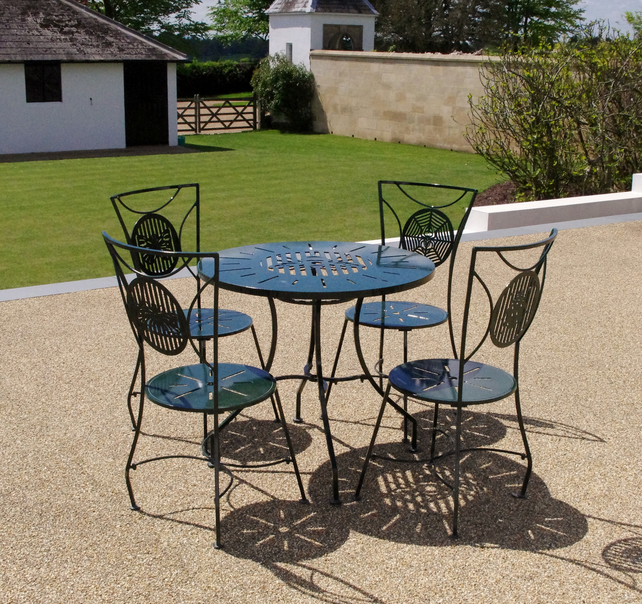 quality versus economy steel garden furniture