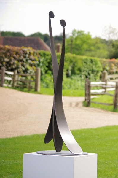 Stainless steel garden sculpture Embrace.
