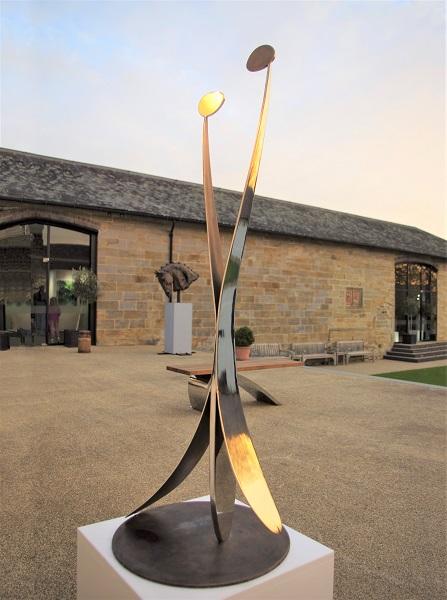 Stainless steel garden sculpure