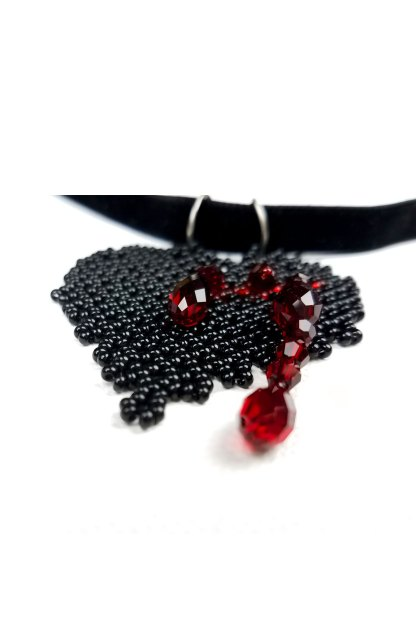 Detail of the Black Bleeding Heart Pendant Necklace | Blood-Drenched Lace Collection by ChrisCrafting
