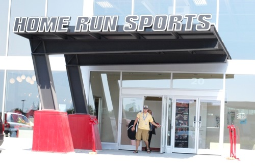 Home Run Sports